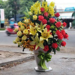 Giỏ hoa tươi đẹp