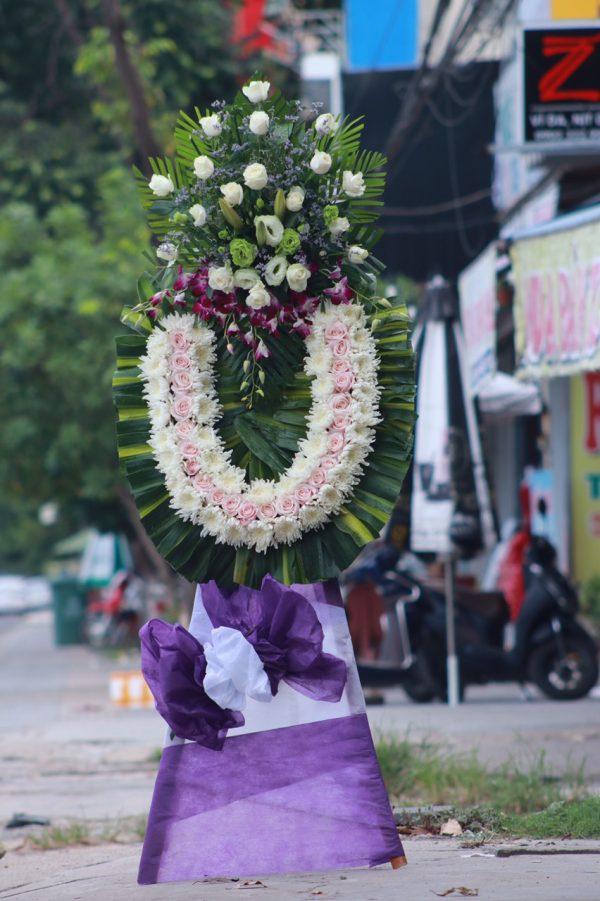 Vòng hoa Tang tại Tam Kỳ